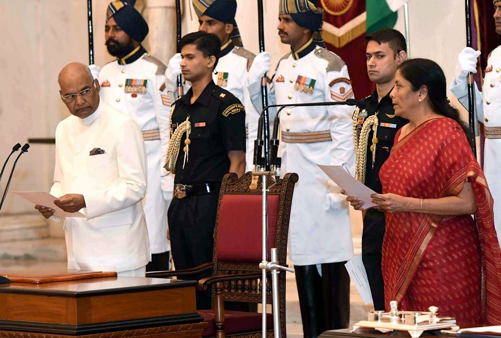 New Delhi: President Ram Nath Kovind administers oath to Nirmala Sitharaman as a Cabinet Minister at a ceremony at Rashtrapati Bhavan in New Delhi on Sunday. PTI Photo / RB (PTI9 3 2017 000140B)
