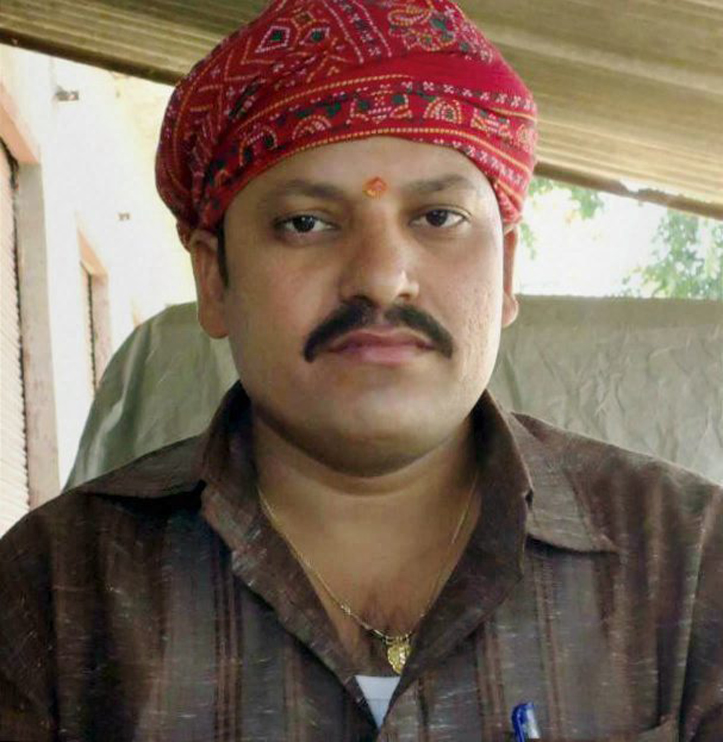 New Delh: File photo of RSS worker Rajesh Mishra was shot dead by bike-borne miscreants and his brother injured while trying to save him in Uttar Pradesh's Ghazipur district on Saturday. PTI Photo (PTI10_21_2017_000111B)