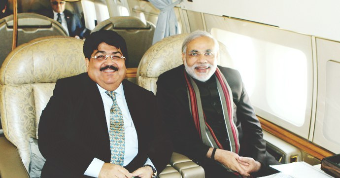 Gujarat-CM-Narendra-Modi-Parimal-Nathwani-source-Parimal-Nathwani-website-china-delegation