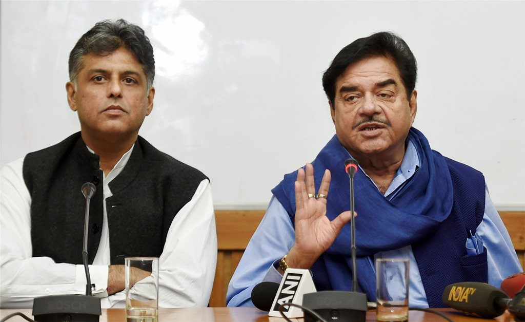 New Delhi: BJP MP and actor Shatrughan Sinha addresses at a discusssion on Congress leader Manish Tewaris book Tidings of Troubled Times in New Delhi on Wednesday PTI