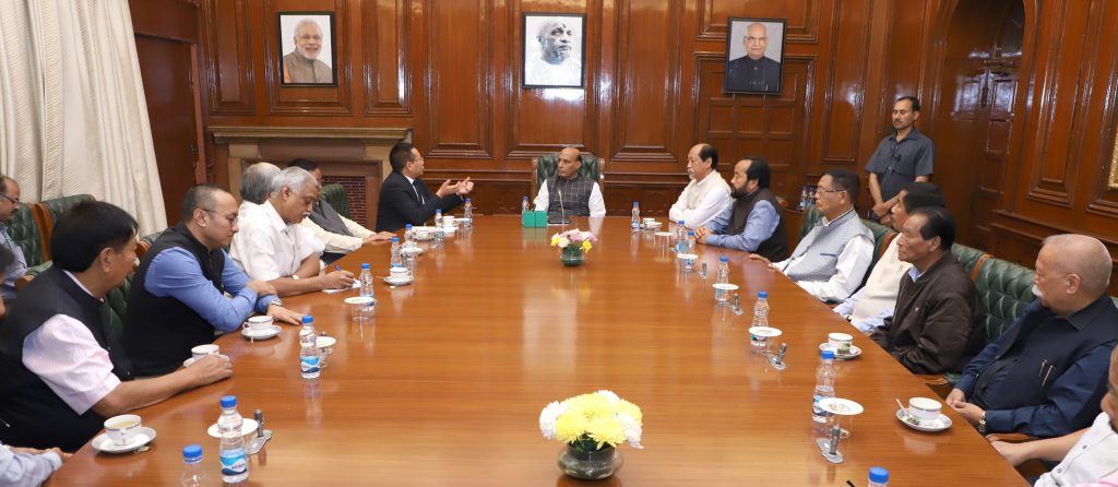A delegation led by the Chief Minister of Nagaland, Shri T.R. Zeliang meeting the Union Home Minister, Shri Rajnath Singh to discuss the issues related to ongoing Naga talks, in New Delhi on November 03, 2017. The MP & Ministers from Nagaland and senior officers of MHA are also seen.