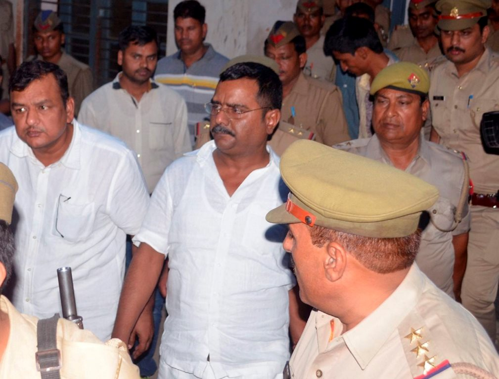 Unnao: Atul Singh Sengar, the brother of BJP Bangarmau MLA Kuldeep Sengar being arrested by UP police, a day after the father of a rape victim from Unnao died in judicial custody in Unnao, Uttar Pradesh on Tuesday. PTI Photo (PTI4_10_2018_000220B)