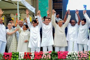 Bengaluru: Newly sworn-in Karnataka Chief Minister H D Kumaraswamy with Congress President Rahul Gandhi, Bahujan Samaj Party (BSP) leader Mayawati, Congress leader Sonia Gandhi, Samajwadi Party (SP) leader Akhilesh Yadav, RJD leader Tejashwi Yadav, Communist Party of India (Marxist) General Secretary Sitaram Yechury and others during the swearing-in ceremony, in Bengaluru, on Wednesday. (PTI Photo/Shailendra Bhojak)(PTI5_23_2018_000151B)
