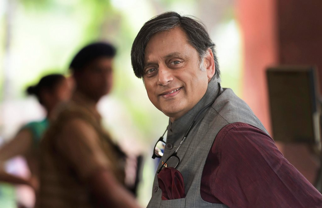 New Delhi: Congress MP Shashi Tharoor arrives to attend the Monsoon Session of Parliament, in New Delhi on Thursday, July 19, 2018. (PTI Photo/Vijay Verma) (PTI7_19_2018_000037B)