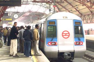 दिल्ली मेट्रो ट्रेन. (फोटो: रॉयटर्स)