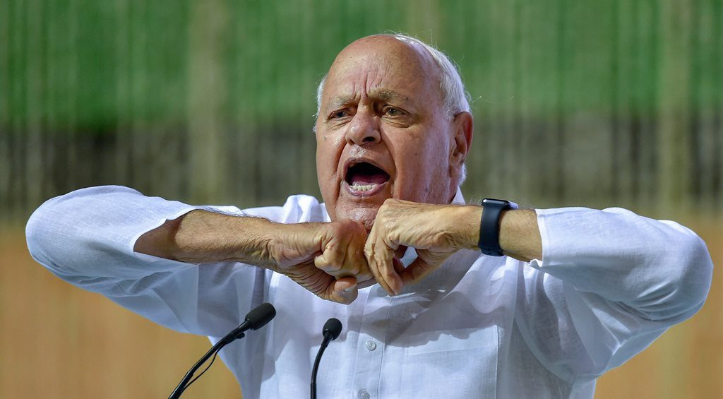 New Delhi: Jammu and Kashmir National Conference President Farooq Abdullah addresses an all party condolence meeting organised for former prime minister Atal Bihari Vajpayee, in New Delhi on Monday, Aug 20, 2018. (PTI Photo/Kamal Kishore) (PTI8_20_2018_000249B)