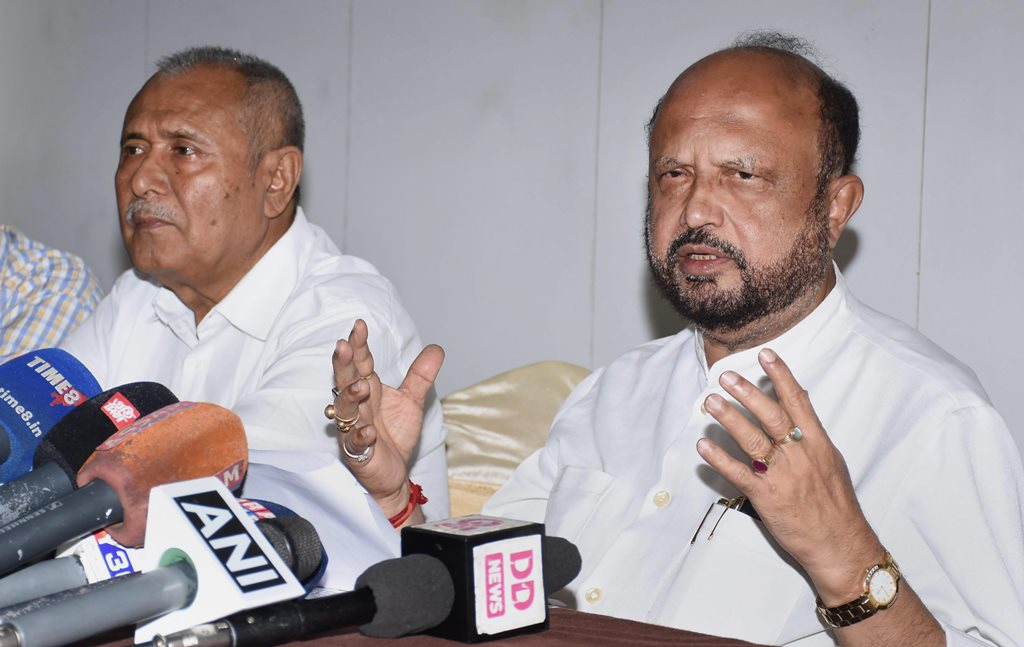 Guwahati: Former Assam chief minister Prafulla Kumar Mahanta addresses a press conference regarding the National Register of Citizens (NRC), in Guwahati on Tuesday, July 31, 2018. The Final draft of state's National Register of Citizens was released on 30th July 2018. (PTI Photo)(PTI7_31_2018_000035B)