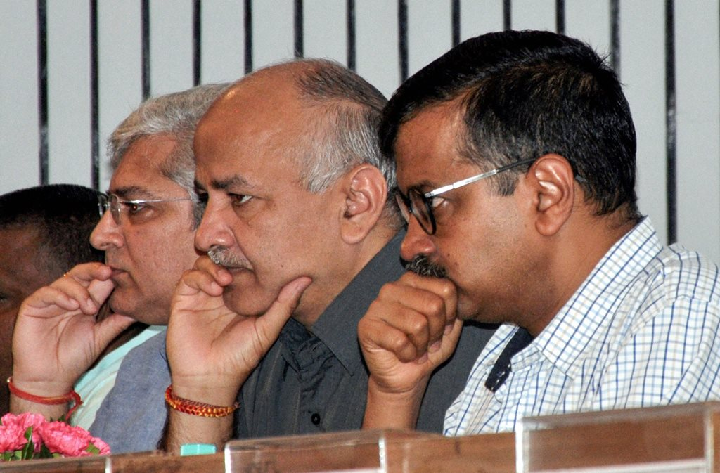 New Delhi: Delhi Chief Minister Arvind Kejriwal, Deputy CM Manish Sisodia and others during the launch of 'Doorstep Delivery of Public Services' at Delhi Secretariat, in New Delhi, Monday, Sept 03, 2018. (PTI Photo)(PTI9_10_2018_000227B)