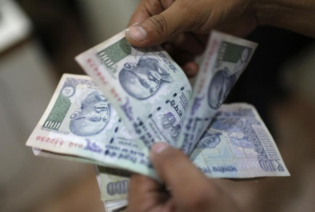 Indian Currency Notes Reuters