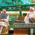 Indore: Prime Minister Narendra Modi with Syedna Mufaddal Saifuddin, the spiritual head of Dawoodi Bohra community, at the 'Ashura Mubarak' programme in Indore, Friday, Sep 14, 2018. (PIB Photo via PTI) (PTI9_14_2018_000102B)