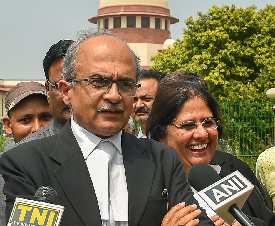 New Delhi: Supreme Court lawyer Prashant Bhushan addresses the media, at Supreme Court premises in New Delhi, Thursday, Sept 6, 2018. The Supreme Court on Thursday extended till September 12, the house arrest of five rights activists in connection with the violence in Koregaon-Bhima in the west central state of Maharashtra. (PTI Photo/Kamal Kishore) (PTI9_6_2018_000097B)