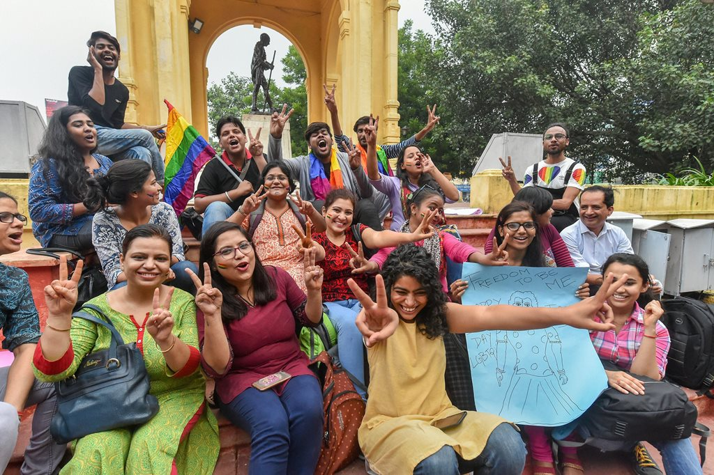 Lucknow: LGBTQ community members and supporters celebrate after the Supreme Court verdict which decriminalises consensual gay sex, in Lucknow, Thursday, Sept 06, 2018. A five-judge constitution bench of the Supreme Court unanimously decriminalised part of the 158-year-old colonial law under Section 377 of the IPC which criminalises consensual unnatural sex. (PTI Photo/Nand Kumar)(PTI9_6_2018_000236B)
