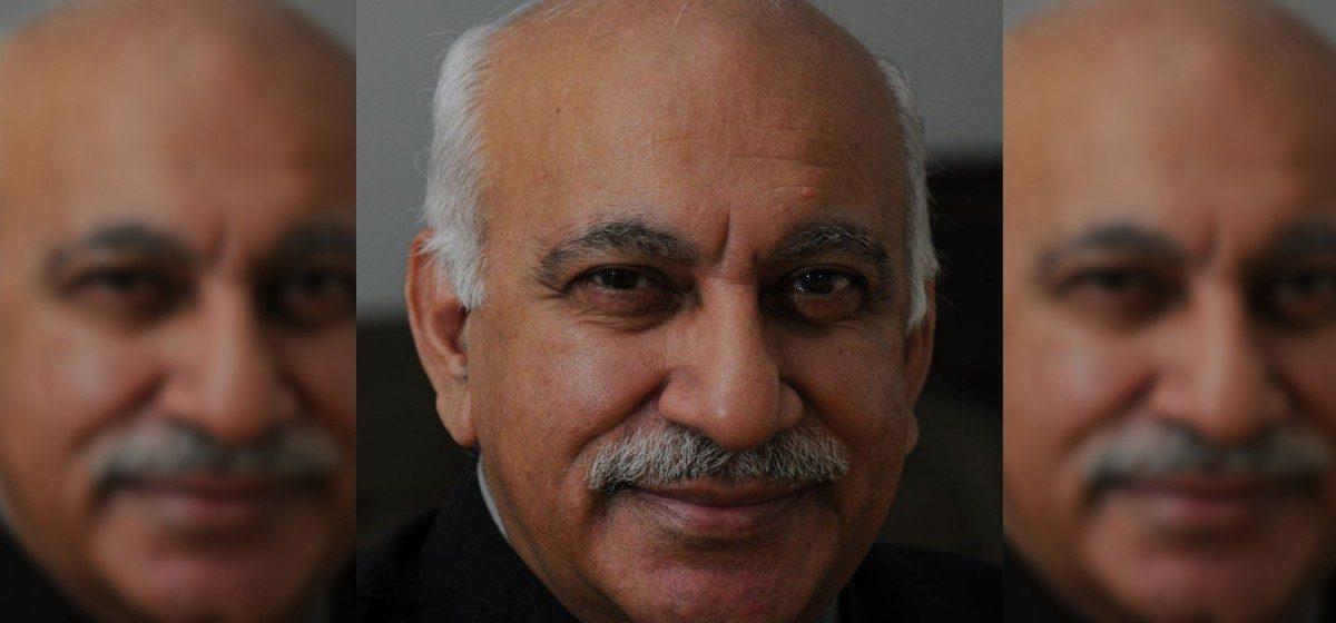 पूर्व संपादक और विदेश राज्य मंत्री एमजे अकबर (फोटो साभार: फेसबुक)