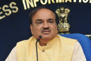The Union Minister for Chemicals & Fertilizers and Parliamentary Affairs, Shri Ananth Kumar addressing the media on announcement for launching of 'Biodegradable Sanitary Napkins', under the 'Pradhan Mantri Bhartiya Janaushadhi Pariyojana (PMBJP)', on the International Women's Day, in New Delhi on March 08, 2018.