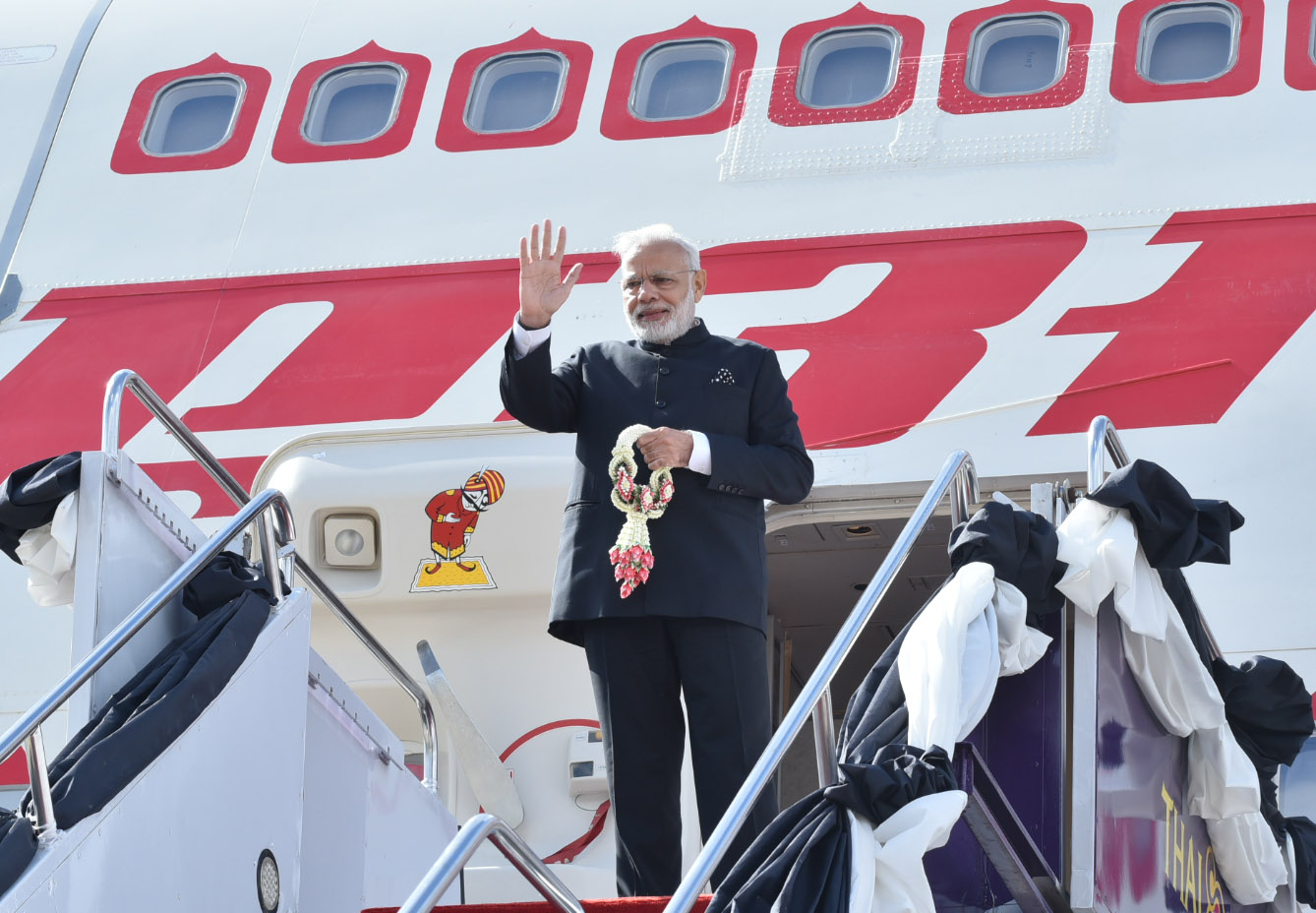 The Prime Minister, Shri Narendra Modi departs for Japan after a brief stopover, in Bangkok, Thailand on November 09, 2016.