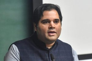 Ahmedabad: BJP MP Feroze Varun Gandhi addresses at IIMA during a talk show on 'A rural manifesto: Realising India's future through villages', in Ahmedabad, Friday, Nov. 30, 2018. (PTI Photo/Santosh Hirlekar)(PTI11_30_2018_000189B)