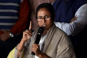 Kolkata: West Bengal Chief Minister Mamata Banerjee addresses media after comes out from Kolkata Police Commissioner Rajeev Kumar's residence, in Kolkata, Sunday late evening, Feb 03, 2019. (PTI Photo/Swapan Mahapatra) (PTI2_3_2019_000234B)
