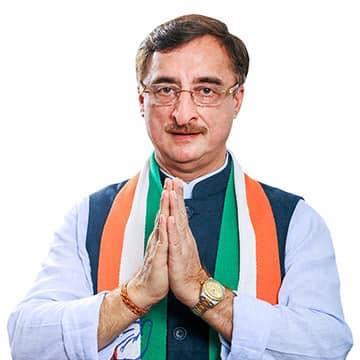 जबलपुर से कांग्रेस उम्मीदवार विवेक तन्खा. (फोटो साभार: फेसबुक)