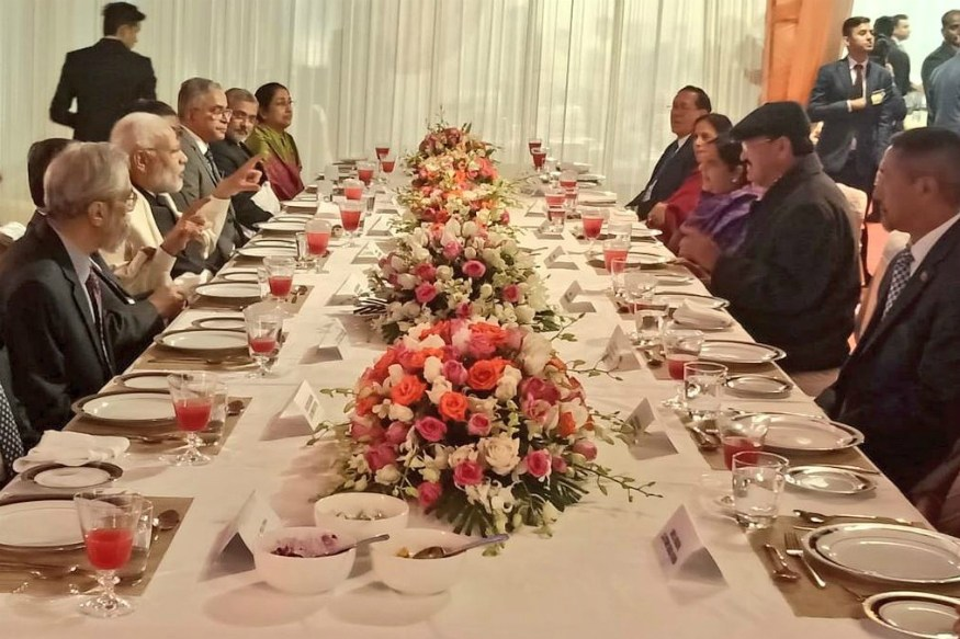 Narendra Modi at Dinner-Hosted-by-CJI Gogoi