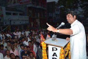 कुशीनगर सीट से कांग्रेस प्रत्याशी आरपीएन सिंह. (फोटो साभार: फेसबुक)