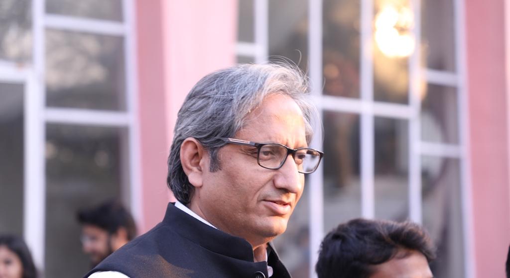 Ravish Kumar Photo The Wire