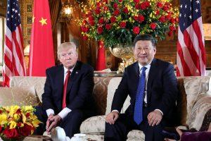 अमेरिकी राष्ट्रपति डोनाल्ड ट्रंप और चीन के राष्ट्रपति शी जिनपिंग (फोटोः रॉयटर्स)