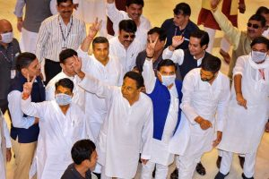 Bhopal: Madhya Pradesh Chief Minister Kamal Nath along with Congress party MLAs during the budget session of state assembly, in Bhopal, Monday, March 16, 2020. (PTI Photo)(PTI16-03-2020_000024B)