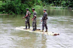 अरुणाचल प्रदेश में भारत-चीन सीमा पर भारतीय सेना (फोटो: रॉयटर्स)