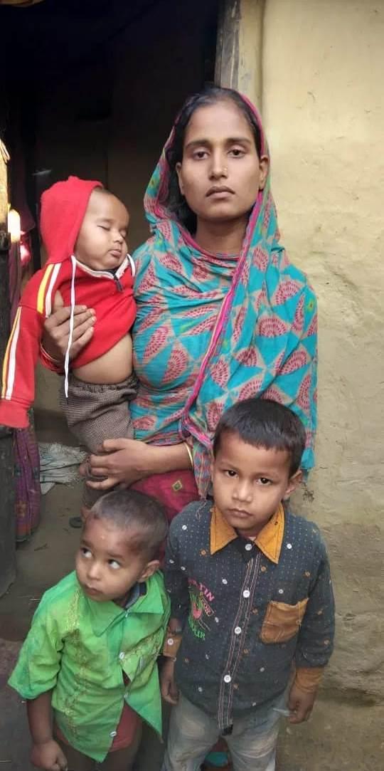 सगीर की पत्नी शाहिदा और उनके बच्चे. (फोटो: Special Arrangement)