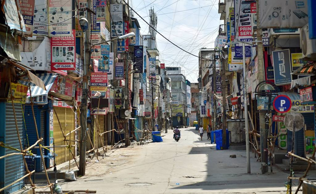 Bengaluru: Sadar Patrappa road wears a deserted look as the state government announced strict lockdown due to surge in COVID-19 cases in the area, in Bengaluru, Saturday, June 27, 2020. (PTI Photo/Shailendra Bhojak)(PTI27-06-2020 000191B)