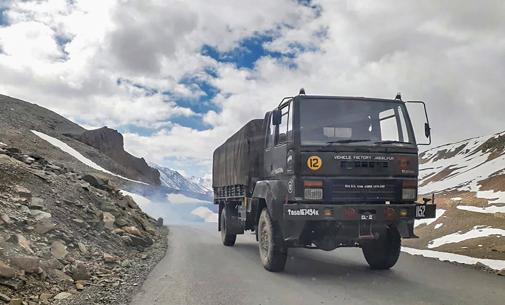 Lahual: An Indian army vehicle moves towards Ladakh, amid India-China border dispute in eastern Ladakh, at Bara-lacha la mountain pass in Lahual district, Saturday, July 11, 2020. (PTI Photo)(PTI11-07-2020 000142B)