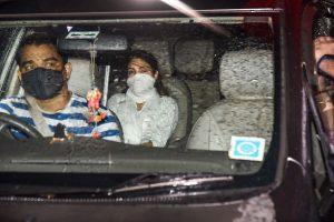 Mumbai: Bollywood actress Rhea Chakraborty leaves from DRDO Guest House, at Santacruz East in Mumbai, Friday, Aug 28, 2020. (PTI Photo)(PTI28-08-2020 000215B)