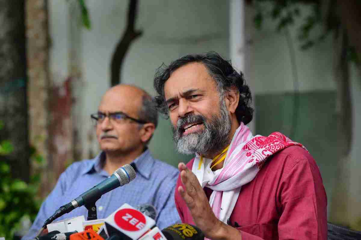 New Delhi: Swaraj India chief Yogendra Yadav along with Activist-lawyer Prashant Bhushan addresses a press conference, after Supreme Court imposed a token fine of one rupee as punishment in a contempt case against Bhushan, in New Delhi, Monday, Aug. 31, 2020. (PTI Photo/Kamal Kishore)(PTI31-08-2020 000113B)