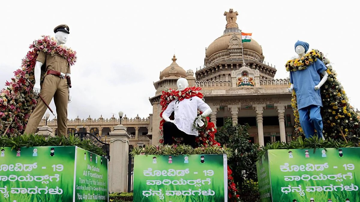 An art installation outside Vidhana Soudha in Bengaluru in solidarity with Covid-19 front line workers (Photo Credits: PTI)