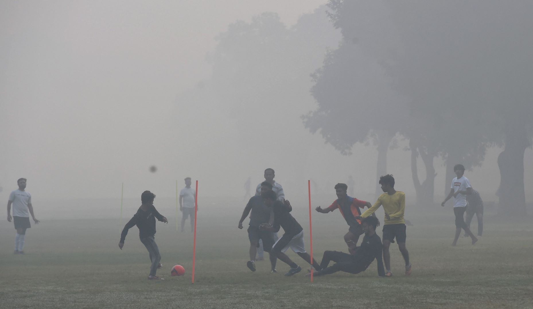 New Delhi: Parliament building engulfed in smog post Diwali celebrations, in New Delhi, Sunday, Nov. 15, 2020. Delhis air quality turned severe on Diwali with stubble burning accounting for 32 percent of the citys PM2.5 pollution and calm winds worsening the situation as they allowed the accumulation of pollutants. (PTI Photo/Kamal Singh)(PTI15-11-2020 000064B)