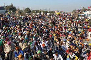 New Delhi: Farmers gathered at the Singhu border as part of their Delhi Chalo protest against Centres new farm laws, in New Delhi, Saturday, Nov 28, 2020. (PTI Photo/Arun Sharma) (PTI28-11-2020 000050B)