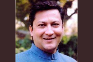 सुरेंद्र सिंह जीना. (फोटो साभार: ट्विटर)