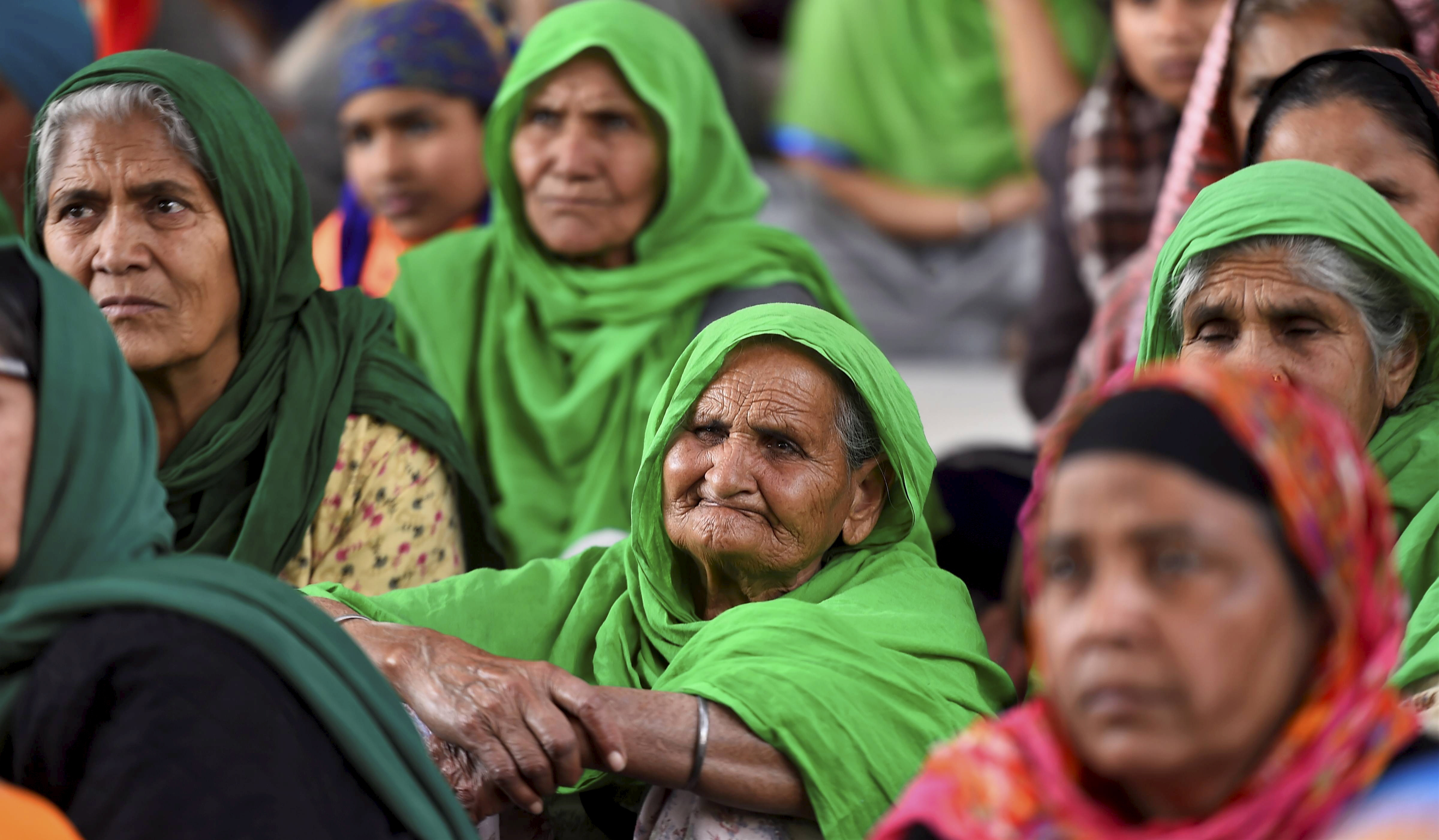 New Delhi: Women at Singhu border during farmers' ongoing protest against farm reform laws, in New Delhi, Monday, Feb. 1, 2021. (PTI Photo/Kamal Singh)(PTI02_01_2021_000195B)