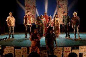 बांग्ला कलाकारों के वीडियो का दृश्य। (साभार: वीडियोग्रैब/यूट्यूब)