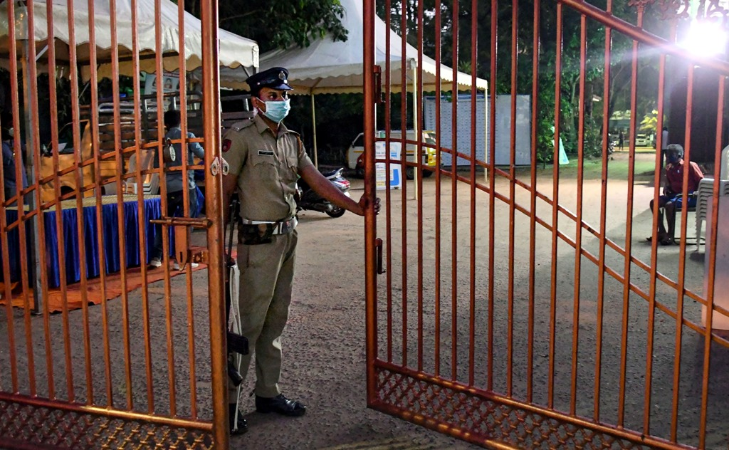 Thiruvananthapuram: Police personnel stand guard at Karthika Thirunal Government School for Girls Manacadu on the eve of counting day of Kerala Assembly Polls in Thiruvananthapuram, Saturday, May 1, 2021. (PTI Photo)