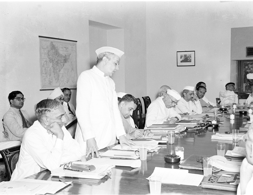 Studio/22.8.50, A22bb The first meeting of the planning Commission Advisory, Board was inaugurated by the Hon'ble Pandit Jawaharlal Nehru Prime Minister in New Delhi on August 22, 1950. General view of the Meeting. Shri G.L. Mehta is seen addressing the meeting. Appearing at his left are: the Hon'ble Shri Chintamani Deshmukh, Finance Minister; the Hon'ble Pandit Jawaharlal Nehru Chairman of the Commission; R.K. Patil and Shri N.R. Pillai, Secretary to the Commission. Appearing t extreme left is Mr. S.A. Venketaraman, Secretary Ministry of Industry and Supply Govt. of India.