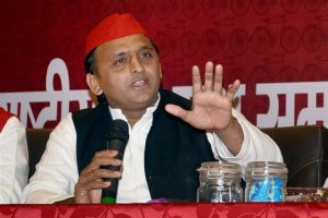 Agra: Samajwadi Party President Akhilesh Yadav addresses a press conference in Agra on Wednesday, on the eve of the partys national convention. PTI Photo (PTI10 4 2017 000160B) *** Local Caption ***