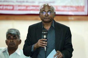 दलित समाजशास्त्री और लेखक कांचा इलैया (फोटो: फेसबुक)