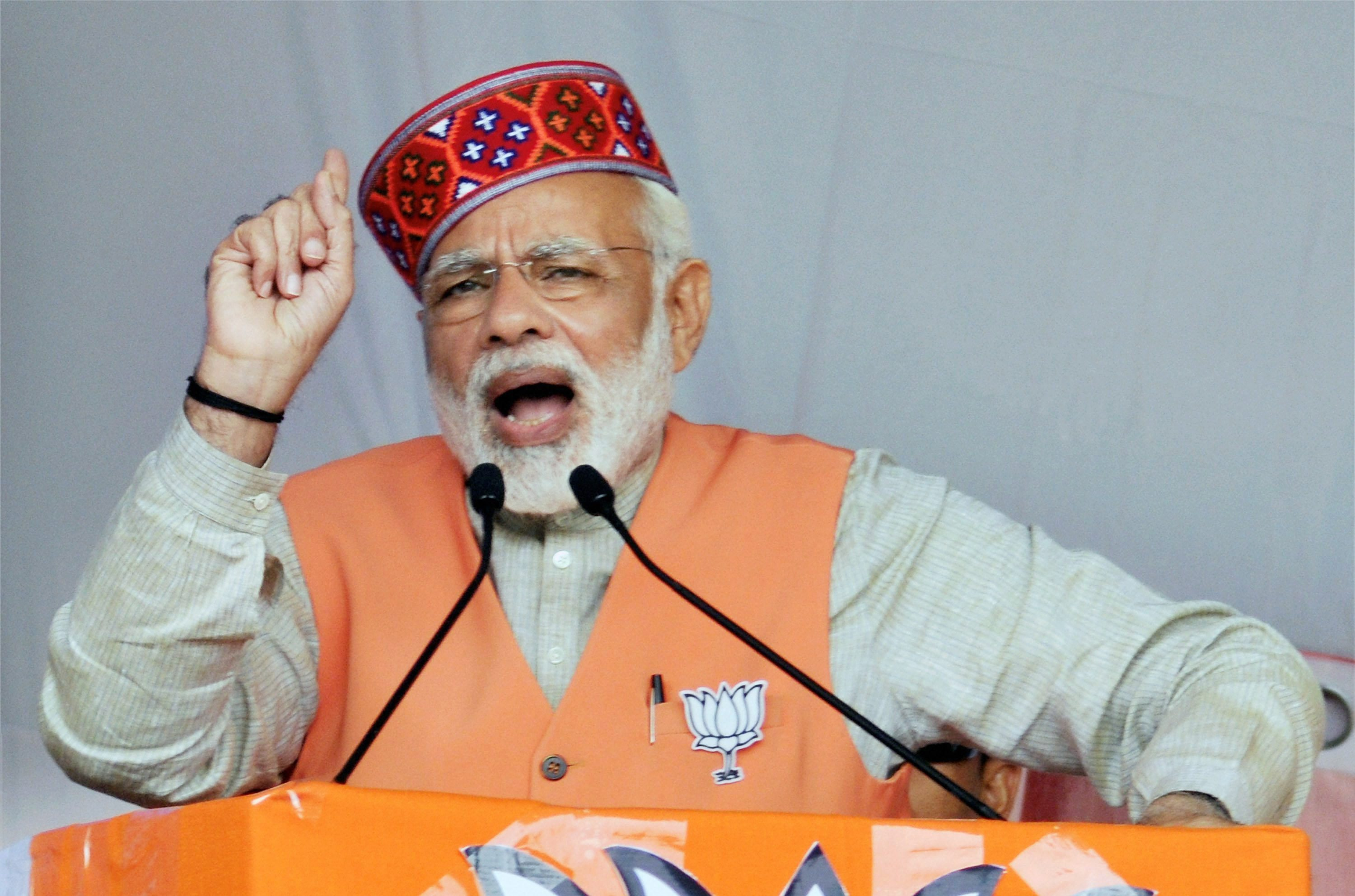 Kangra : Prime Minister Narendra Modi addresses an election campaign rally in Kangra district on Thursday. PTI Photo (PTI11_2_2017_000078A) *** Local Caption ***