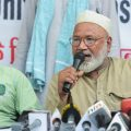 New Delhi: Nasim (L) brother of Md Kasim (45) who was lynched in Hapur allegedly over cow slaughter, speaks during a press conference, at Press Club in New Delhi on Friday, June 22, 2018. Meheruddin (R) brother of Samayuddin is also seen. (PTI Photo/Vijay Verma) (Story no DES4)(PTI6_22_2018_000147B)