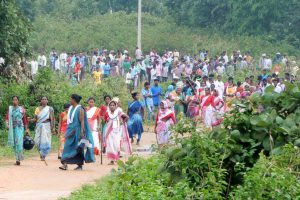 Khunti: Villagers of the remote village of Ghagra, where Member of Parliament (MP) Karia Munda's three bodyguards, belonging to Jharkhand police, were allegedly kidnapped by Pathalgarhi supporters, in Khunti District on Wednesday, June 27, 2018. (PTI Photo) (PTI6_27_2018_000260B)