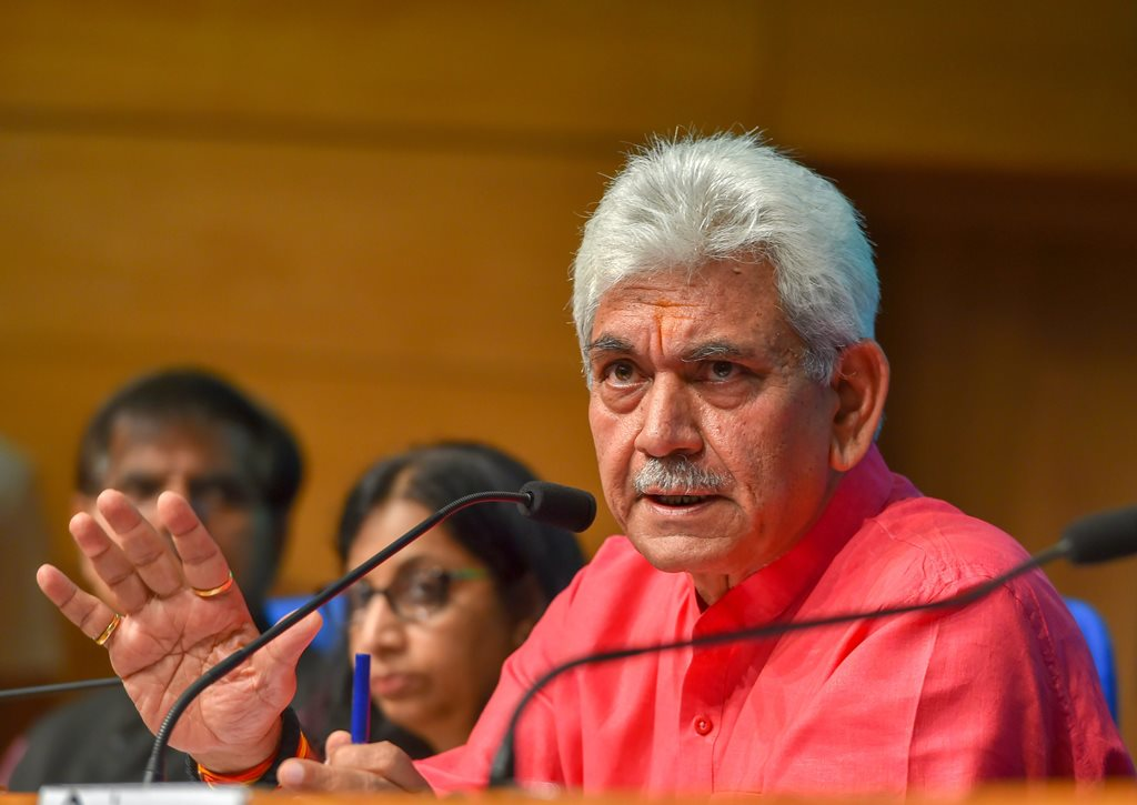 New Delhi: Telecom Minister Manoj Sinha addresses a press conference regarding the achievements of his ministry in the four years of NDA government, in New Delhi on Tuesday, June 12, 2018. (PTI Photo/Shahbaz Khan) (PTI6_12_2018_000053B)