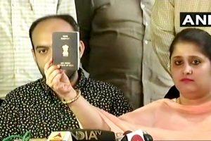 मोहम्मद अनस सिद्दीकी और तन्वी सेठ ने 2008 में शादी की थी. (फोटो साभार: एएनआई)