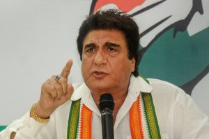 Lucknow: UPCC President Raj Babbar addresses a press conference at the party office in Lucknow on Monday, July 30, 2018. (PTI Photo/Nand Kumar) (PTI7_30_2018_000136B)