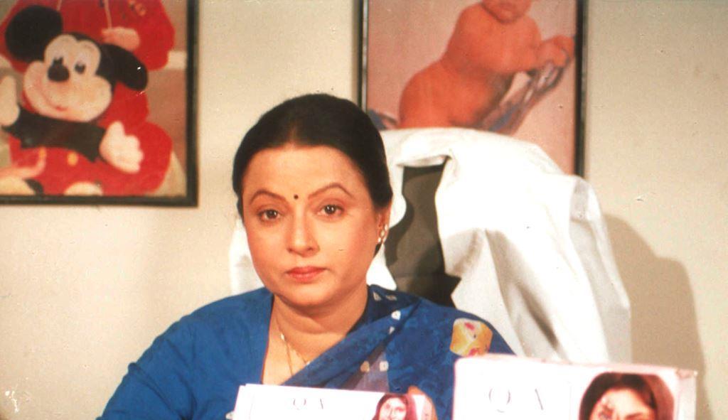 अभिनेत्री रीता भादुड़ी. फोटो साभार: ट्विटर/@FilmHistoryPic